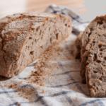 Kaj je sourdough in zakaj je boljši kot običajen kruh?